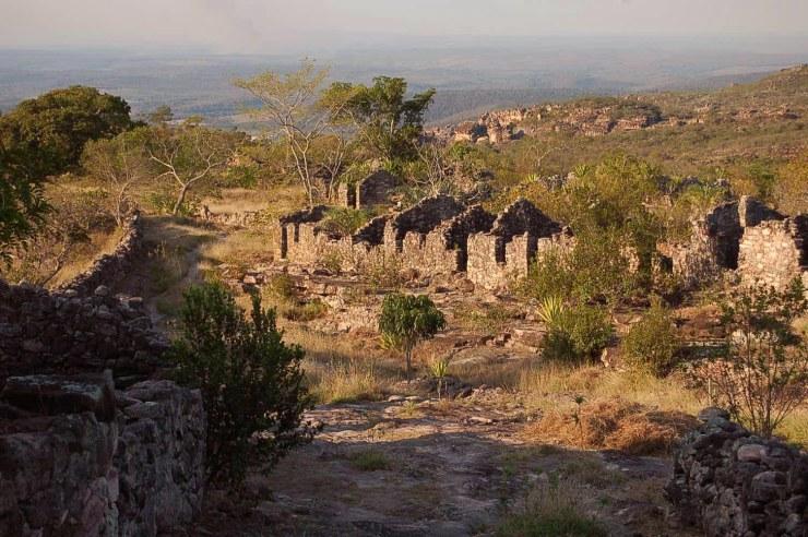 5-ruinas do Bairro Luis dos SAntos